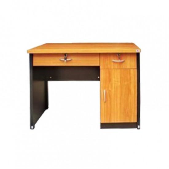 โต๊ะทำงาน T100