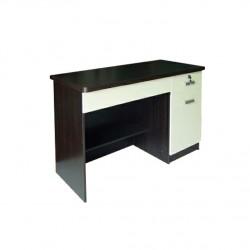 โต๊ะทำงาน Almond-II